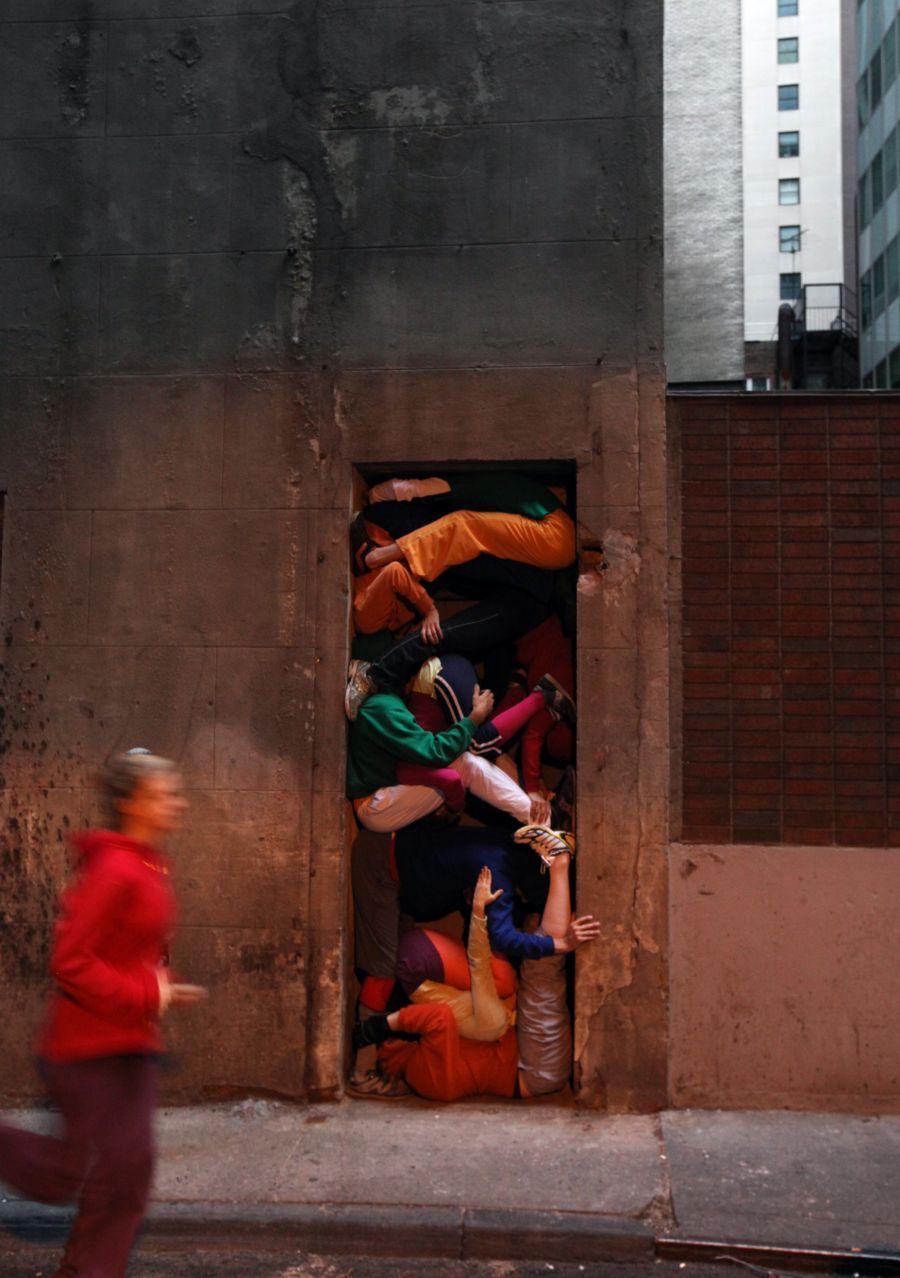 bodiesinurbanspaces_nyc12_2010_p